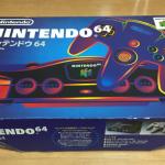 NINTENDO64 ソフトは少なかったが本体、コントローラーのカラーバリエーションは豊富だった。